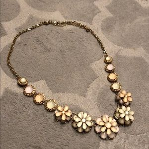 Jewelry - Floral pastel necklace